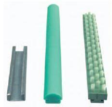 плинтусы легкого скольжения URBAN, покрытие на монтажные столы URBAN, плинтус-щетка для сборочных столов URBAN, покрытие для монтажного стола против царапин